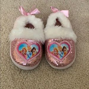 🌈4/$25🌈 Sequin Princess Furry Slippers